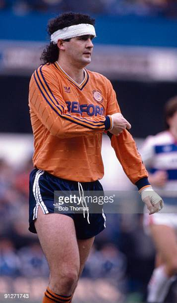 Steve Foster of Luton Town during the Queens Park Rangers v Luton Town Division 1 match played at Loftus Road on the 22nd February 1986