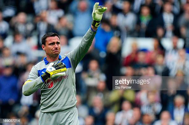 Steve Harper of Newcastle acknowledges the fans after his last match for the club follwoing the Barclays Premier League match between Newcastle...