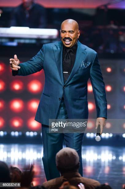 Steve Harvey hosts SHOWTIME AT THE APOLLO airing Monday Dec 5 on FOX