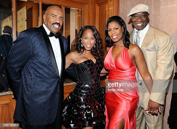 Steve Harvey Marjorie Harvey Omarosa ManigaultStallworth and Michael Clarke Duncan arrive at the eighth annual Ford Hoodie Awards at the Mandalay Bay...