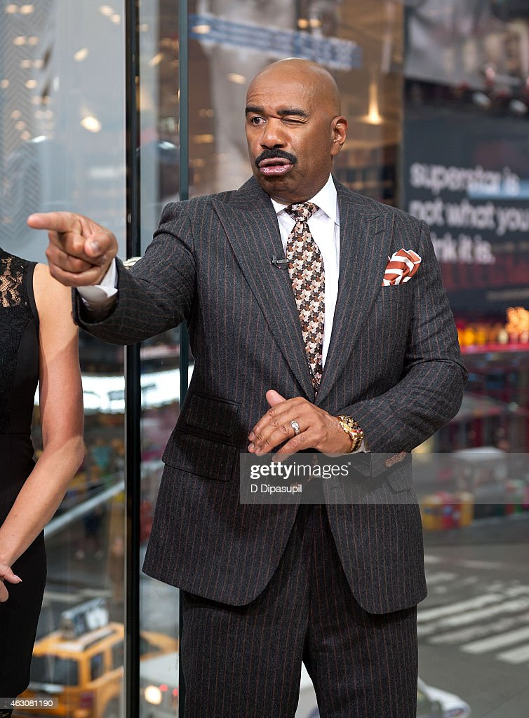 Steve Harvey visits 'Extra' at their New York studios at H&M in Times Square on February 9, 2015 in New York City.