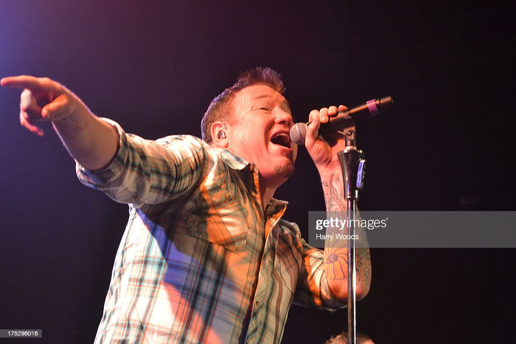 Steve Harwell performs with Smash Mouth during Bud Light Music First 50/50/1 on August 1, 2013 in Hampton, New Hampshire.