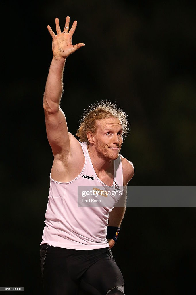 Steve Hooker of Australia acknowledges the spectators after failing to clear 5.50 metres in the mens open pole vault during the Perth Track Classic at the WA Athletics Stadium on March 16, 2013 in Perth, Australia.