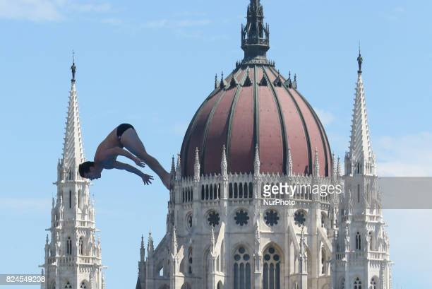 Steve Lo Bue competes in round 3 of the men's High Diving competition at the 2017 FINA World Championships in Budapest on July 30 2017