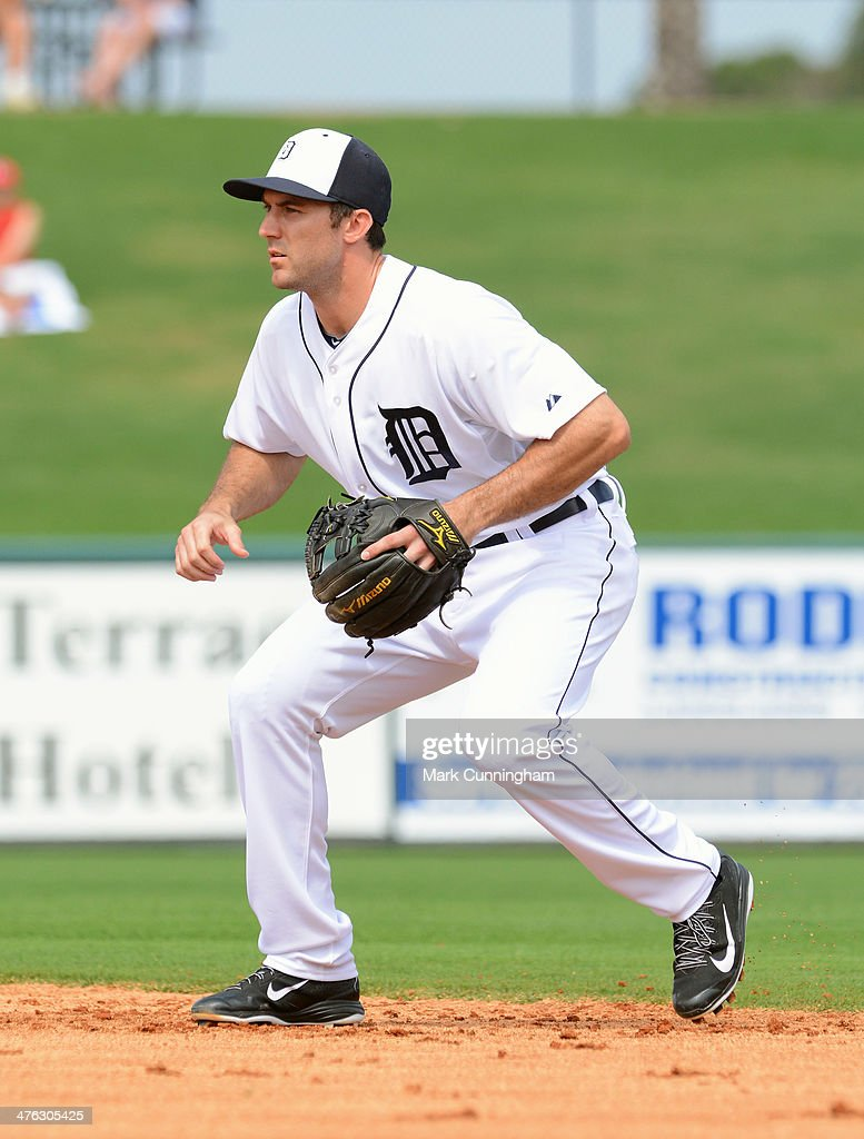 Steve Lombardozzi #4 of the Detroit Tigers fields during the spring training game against the Florida Southern College Moccasins at Joker Marchant Stadium on February 25, 2014 in Lakeland, Florida. The Tigers defeated the Moccasins 12-0.
