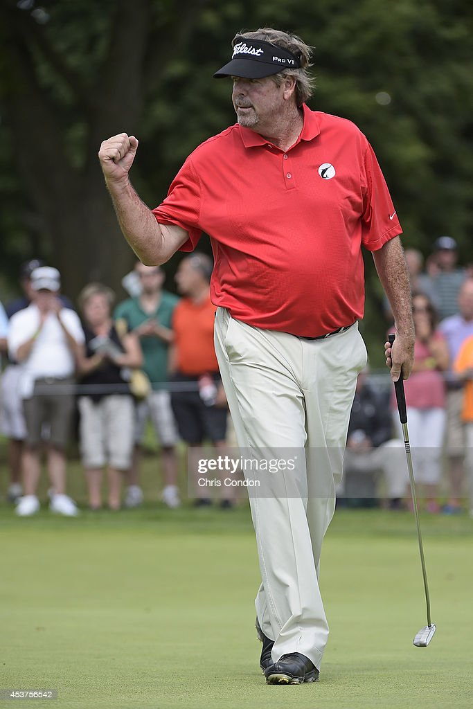 <a gi-track='captionPersonalityLinkClicked' href=/galleries/search?phrase=Steve+Lowery&family=editorial&specificpeople=227345 ng-click='$event.stopPropagation()'>Steve Lowery</a> birdies the 8th hole during the final round of the Champions Tour Dick's Sporting Goods Open at En-Joie Golf Course on August 17, 2014 in Endicott, New York.