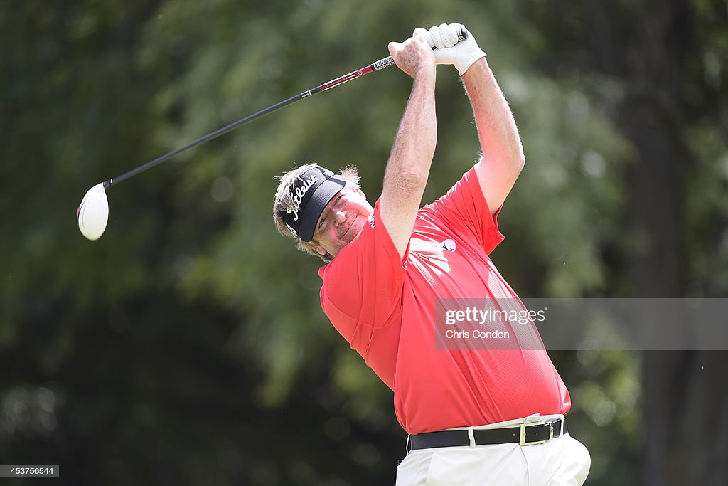 <a gi-track='captionPersonalityLinkClicked' href=/galleries/search?phrase=Steve+Lowery&family=editorial&specificpeople=227345 ng-click='$event.stopPropagation()'>Steve Lowery</a> tees off on the second hole during the final round of the Champions Tour Dick's Sporting Goods Open at En-Joie Golf Course on August 17, 2014 in Endicott, New York.