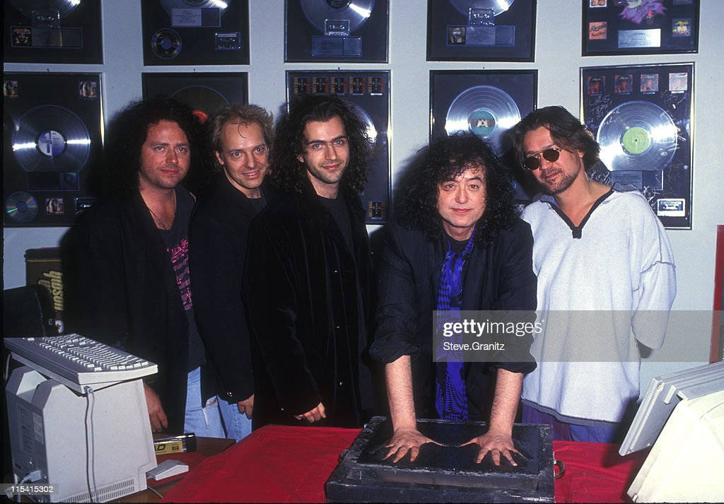 jimmy page induction into hollywood rockwalk of fame