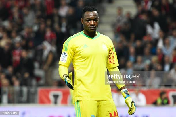 Steve Mandanda of Marseille during the Ligue 1 match between OGC Nice and Olympique Marseille at Allianz Riviera on October 1 2017 in Nice