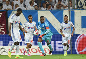 Steve Mandanda of Marseille in action during the French Ligue 1 match between Olympique de Marseille and OGC Nice at Stade Velodrome on August 29...