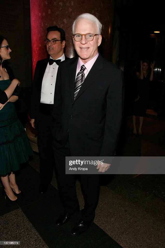 <a gi-track='captionPersonalityLinkClicked' href=/galleries/search?phrase=Steve+Martin+-+Comedian&family=editorial&specificpeople=196544 ng-click='$event.stopPropagation()'>Steve Martin</a> attends the 2011 American Museum of Natural History gala at the American Museum of Natural History on November 10, 2011 in New York City.