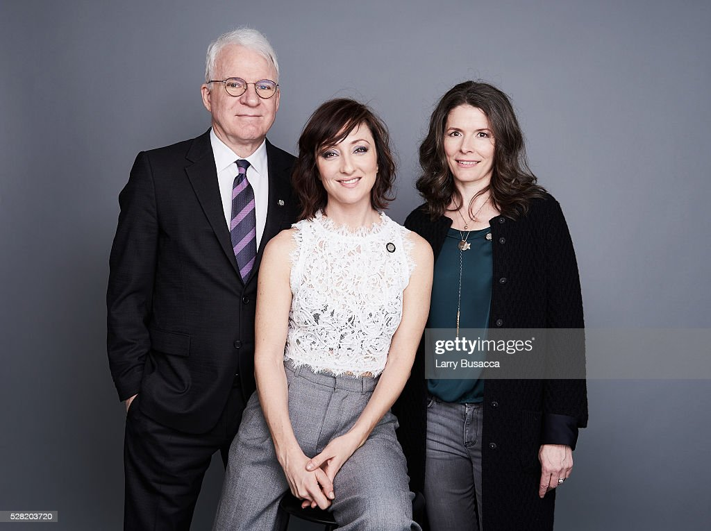 <a gi-track='captionPersonalityLinkClicked' href=/galleries/search?phrase=Steve+Martin+-+Comedian&family=editorial&specificpeople=196544 ng-click='$event.stopPropagation()'>Steve Martin</a>, <a gi-track='captionPersonalityLinkClicked' href=/galleries/search?phrase=Carmen+Cusack&family=editorial&specificpeople=7032113 ng-click='$event.stopPropagation()'>Carmen Cusack</a> and <a gi-track='captionPersonalityLinkClicked' href=/galleries/search?phrase=Edie+Brickell&family=editorial&specificpeople=789872 ng-click='$event.stopPropagation()'>Edie Brickell</a> pose for a portrait at the 2016 Tony Awards Meet The Nominees Press Reception on May 4, 2016 in New York City.