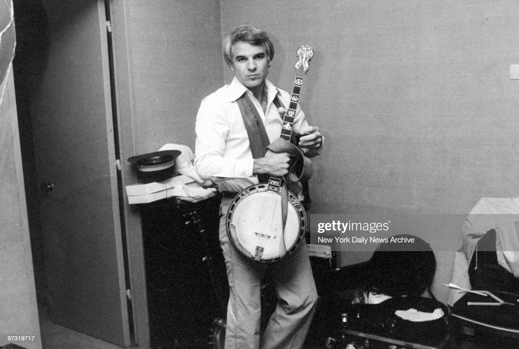 Steve Martin with his banjo backstage at Avery Fisher Hall