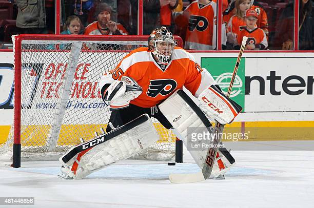 Steve Mason of the Philadelphia Flyers warms up prior to his game against the Washington Capitals on January 8 2015 at the Wells Fargo Center in...