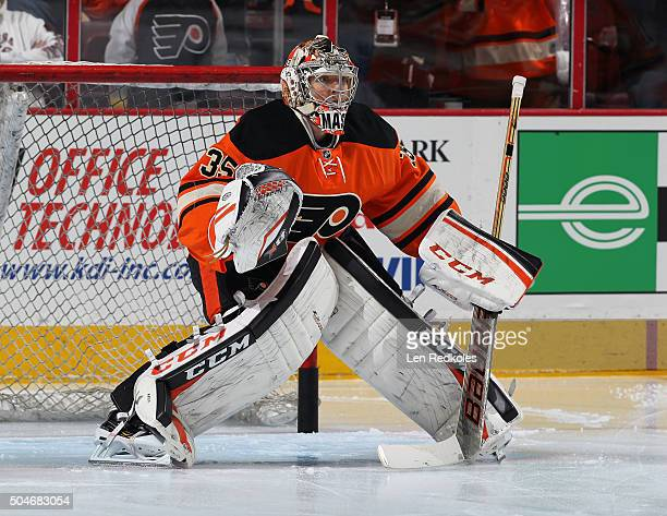 Steve Mason of the Philadelphia Flyers warms up prior to his game against the New York Islanders on January 9 2016 at the Wells Fargo Center in...
