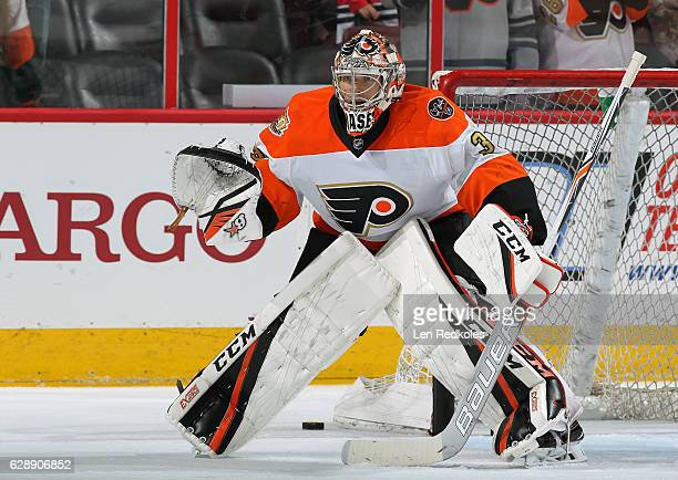 Steve Mason of the Philadelphia Flyers warms up prior to his game against the Chicago Blackhawks on December 3 2016 at the Wells Fargo Center in...