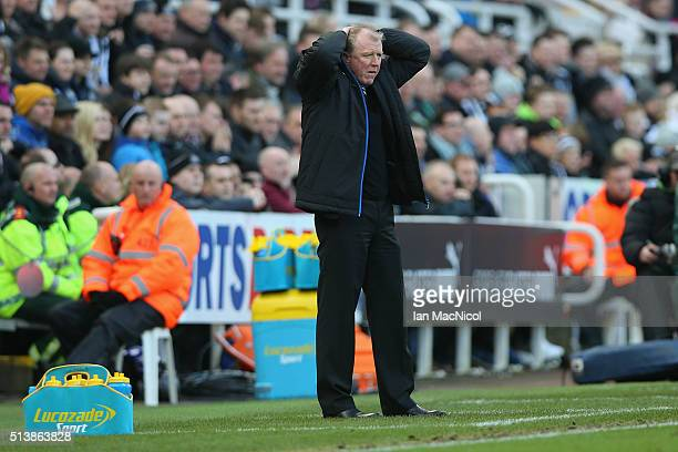 Steve McClaren manager of Newcastle United reacts during the Barclays Premier League match between Newcastle United and AFC Bournemouth at St James'...