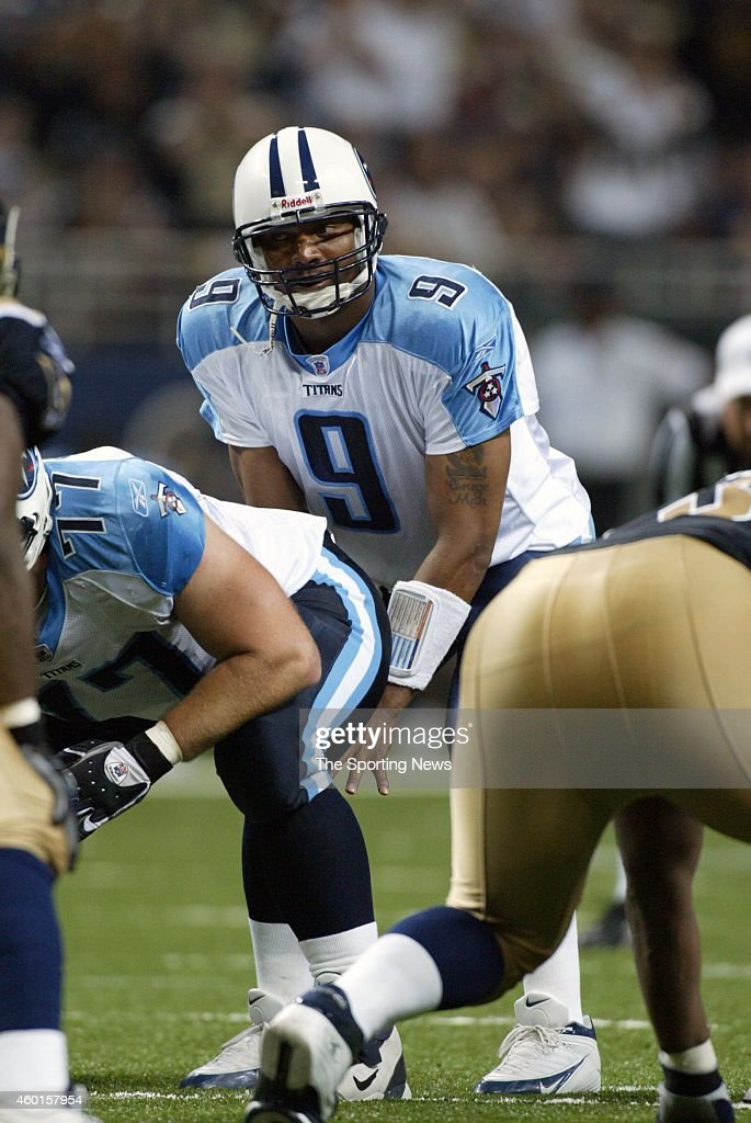 Steve McNair of the Tennessee Titans in action during a game against the St Louis Rams on September 25 2005 at the Edward Jones Dome Stadium in St...