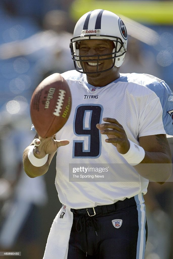 Steve McNair of the Tennessee Titans warms up before a game against the Carolina Panthers on October 19 2003 at Ericsson Stadium in Charlotte North...