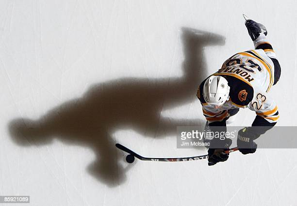 Steve Montador of the Boston Bruins warms up before playing the New York Islanders on April 12 2009 at Nassau Coliseum in Uniondale New York