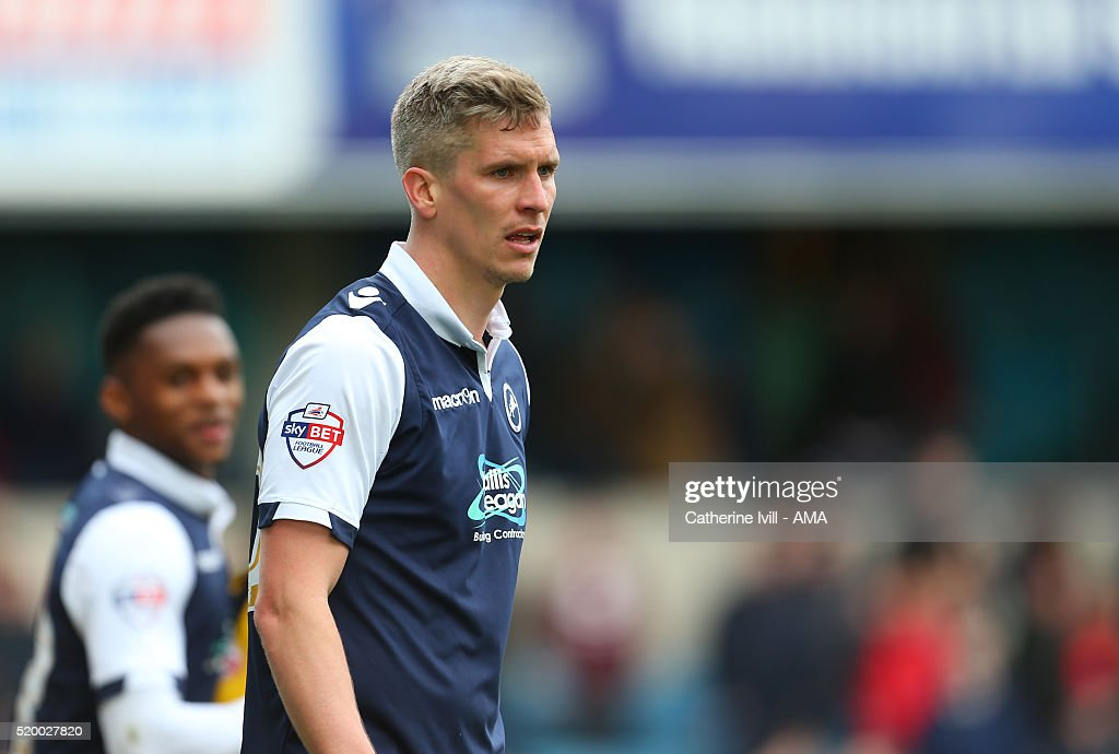 <a gi-track='captionPersonalityLinkClicked' href=/galleries/search?phrase=Steve+Morison+-+Voetballer&family=editorial&specificpeople=5483951 ng-click='$event.stopPropagation()'>Steve Morison</a> of Millwall during the Sky Bet League One match between Millwall and Shrewsbury Town at The Den on April 9, 2016 in London, England.