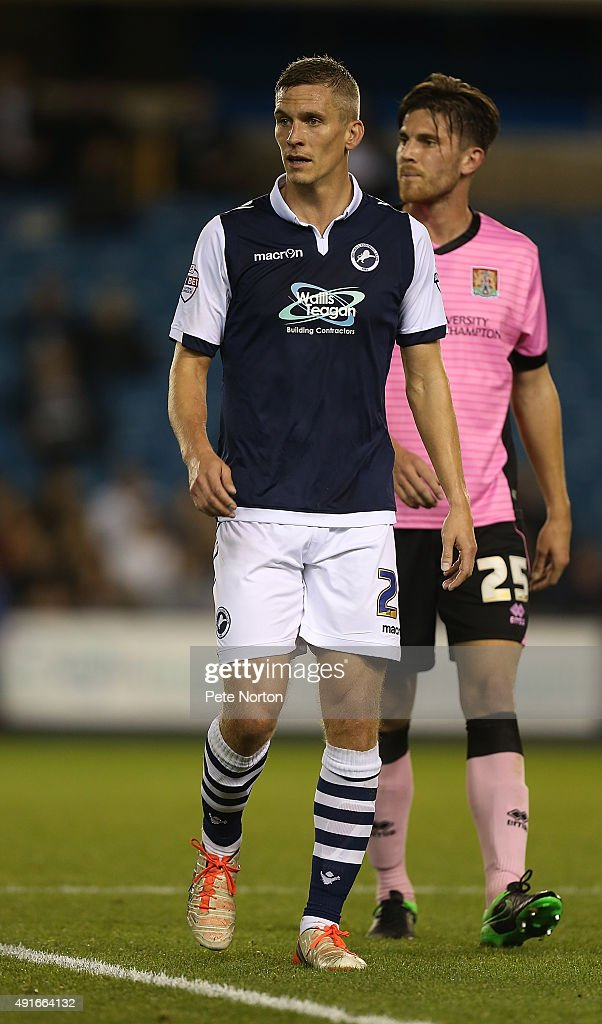 <a gi-track='captionPersonalityLinkClicked' href=/galleries/search?phrase=Steve+Morison+-+Voetballer&family=editorial&specificpeople=5483951 ng-click='$event.stopPropagation()'>Steve Morison</a> of Millwall in action during the Johnstone's Paint Trophy Second Round match between Millwall and Northampton Town at The Den on October 6, 2015 in London, England.
