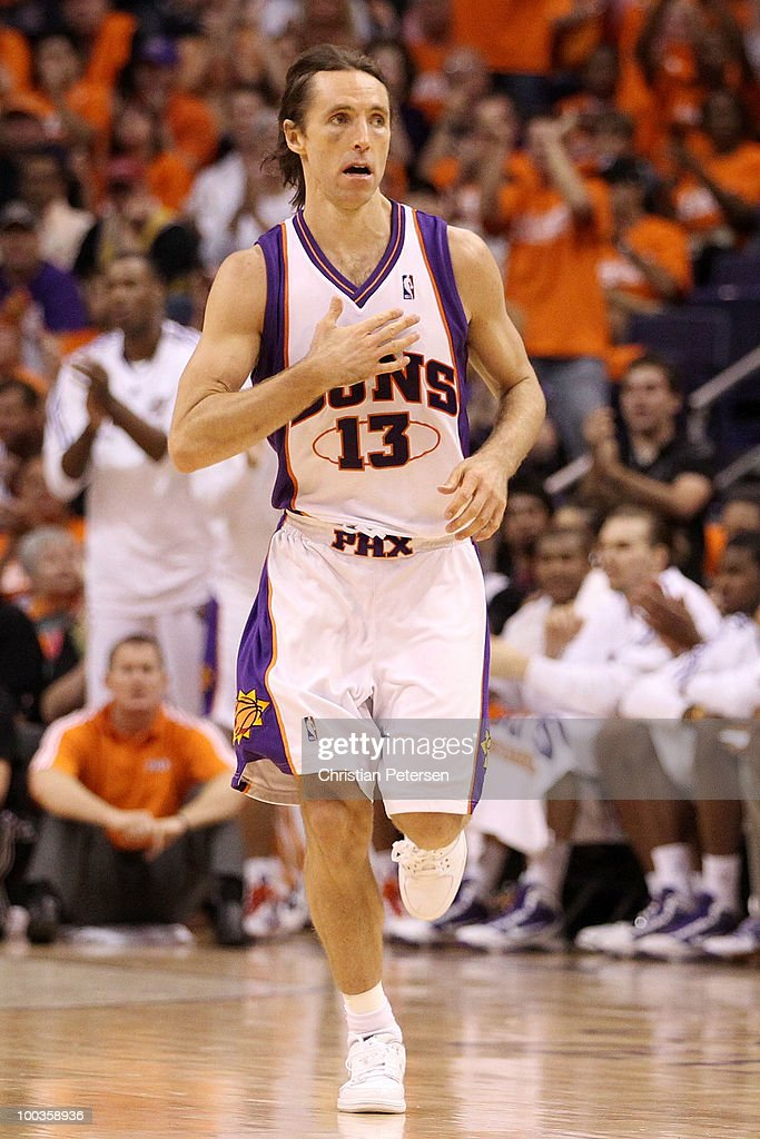 Steve Nash #13 of the Phoenix Suns reacts to a play against the Los Angeles Lakers in the second quarter of Game Three of the Western Conference Finals during the 2010 NBA Playoffs at US Airways Center on May 23, 2010 in Phoenix, Arizona.