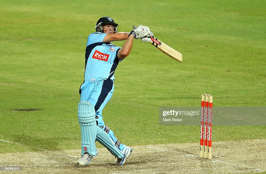 Steve O'Keefe of the Blues bats during the Ryobi One Day Cup match between the New South Wales Blues and the Western Australia Warriors at Sydney Cricket Ground on January 30, 2013 in Sydney, Australia.