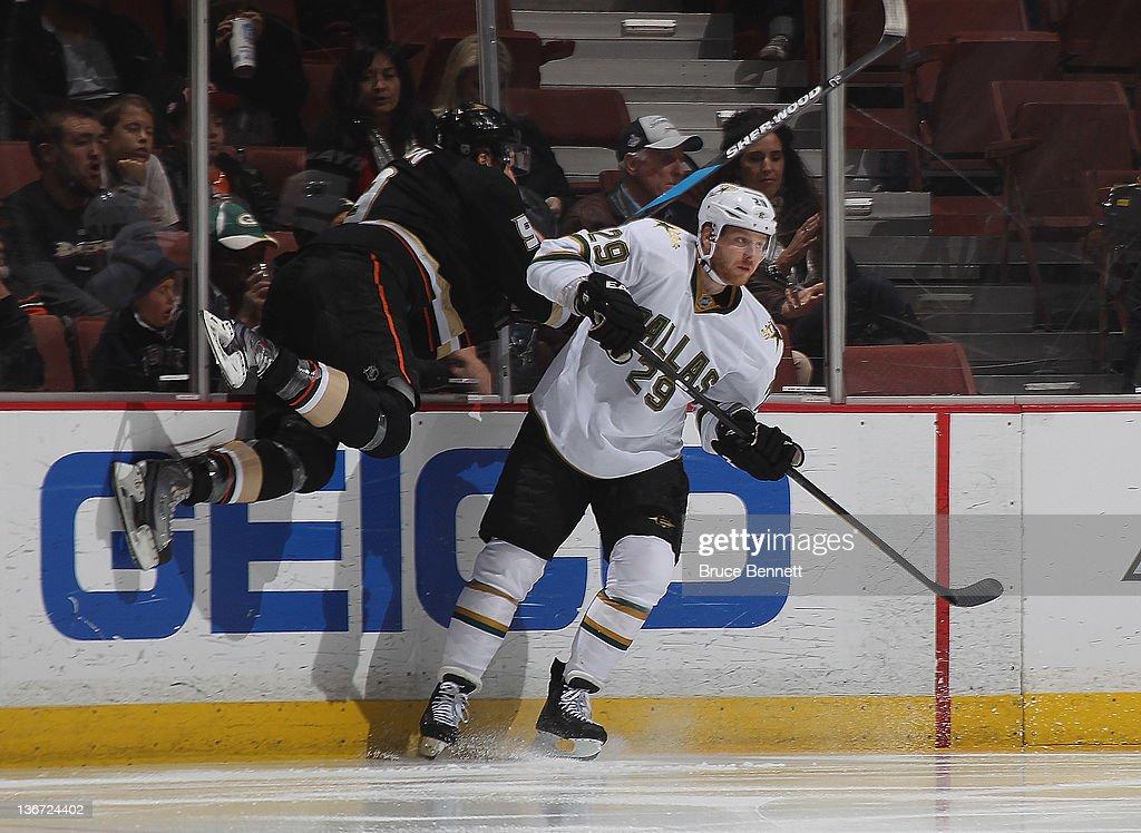 Steve Ott of the Dallas Stars hits Bobby Ryan of the Anaheim Ducks at the Honda Center on January 10 2012 in Anaheim California The Ducks defeated...
