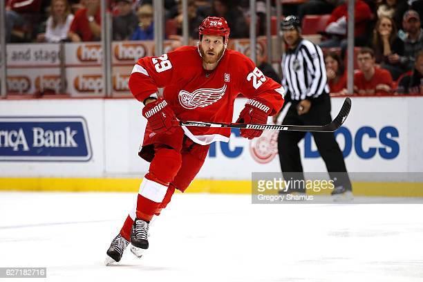 Steve Ott of the Detroit Red Wings skates against the Dallas Stars at Joe Louis Arena on November 29 2016 in Detroit Michigan Detroit won the game 31