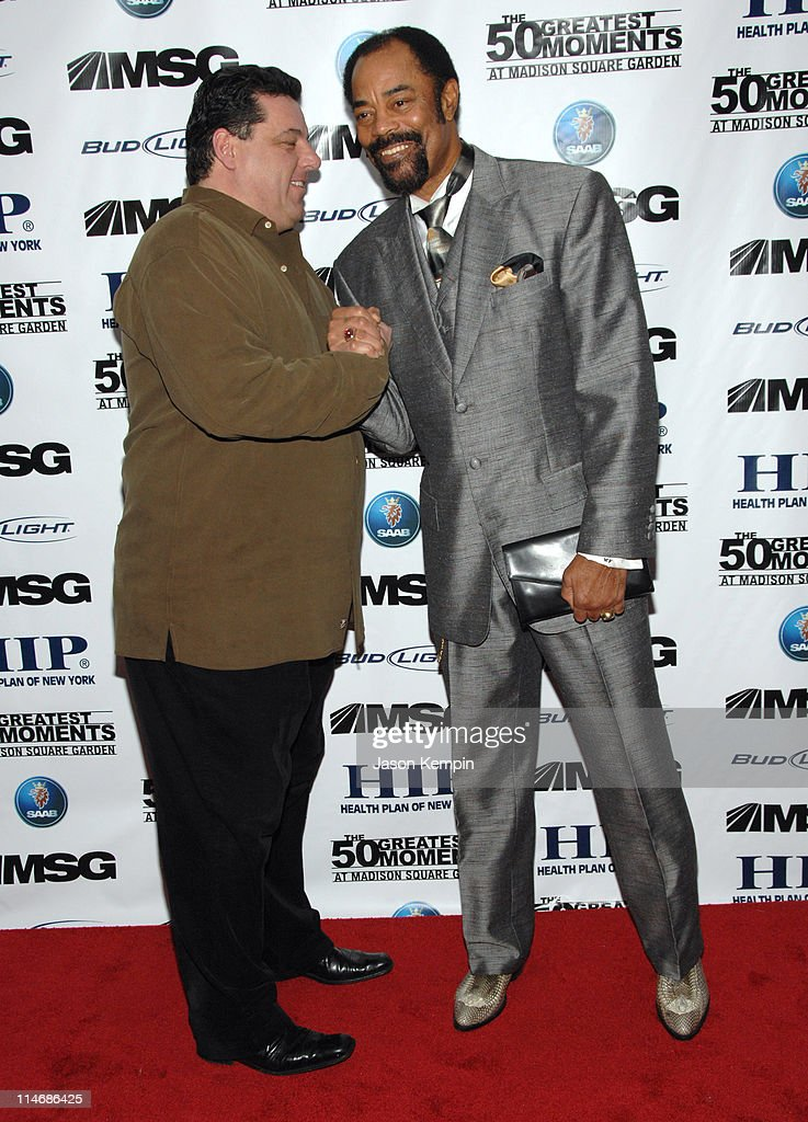 Steve Schirripa and Walt Frazier during 'The 50 Greatest Moments At Madison Square Garden' New York Screening January 18 2007 at The Club Bar Grill...