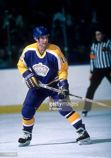 Steve Shutt of the Los Angeles Kings skates on the ice during an NHL game against the New York Islanders on March 19 1985 at the Nassau Coliseum in...