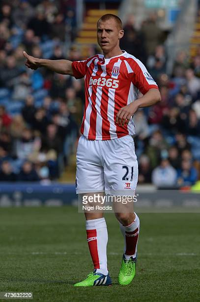 Steve Sidwell of Stoke City during the Barclays Premier League match between Burnley and Stoke City at Turf Moor on May 16 2015 in Burnley England
