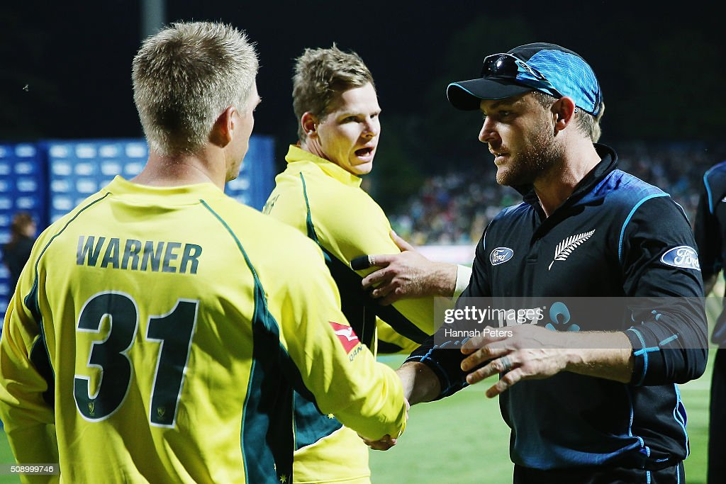 Steve Smith of Australia and <a gi-track='captionPersonalityLinkClicked' href=/galleries/search?phrase=David+Warner+-+Jugador+de+cr%C3%ADquet&family=editorial&specificpeople=4262255 ng-click='$event.stopPropagation()'>David Warner</a> of Australia shake hands with <a gi-track='captionPersonalityLinkClicked' href=/galleries/search?phrase=Brendon+McCullum&family=editorial&specificpeople=208154 ng-click='$event.stopPropagation()'>Brendon McCullum</a> of the Black Caps after losing the 3rd One Day International cricket match between the New Zealand Black Caps and Australia at Seddon Park on February 8, 2016 in Hamilton, New Zealand.
