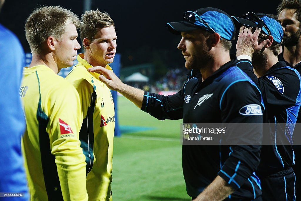 Steve Smith of Australia and <a gi-track='captionPersonalityLinkClicked' href=/galleries/search?phrase=David+Warner+-+Cricket+Player&family=editorial&specificpeople=4262255 ng-click='$event.stopPropagation()'>David Warner</a> of Australia speaks with <a gi-track='captionPersonalityLinkClicked' href=/galleries/search?phrase=Brendon+McCullum&family=editorial&specificpeople=208154 ng-click='$event.stopPropagation()'>Brendon McCullum</a> of the Black Caps after losing the 3rd One Day International cricket match between the New Zealand Black Caps and Australia at Seddon Park on February 8, 2016 in Hamilton, New Zealand.