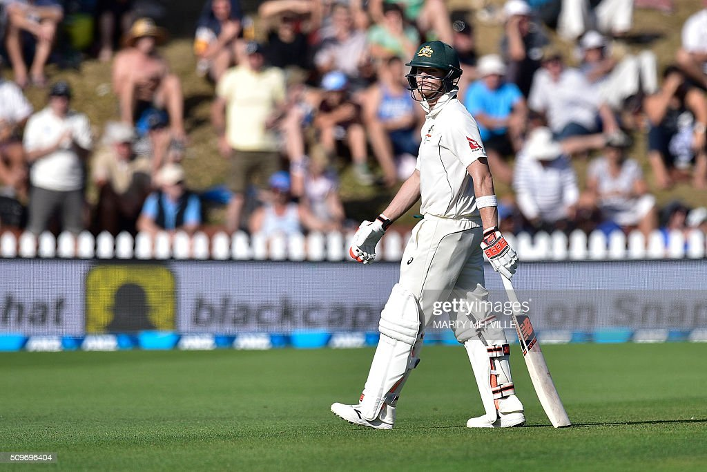 Steve Smith of Australia walks from the field after being caught during the first cricket Test match between New Zealand and Australia at the Basin Reserve in Wellington on February 12, 2016. AFP PHOTO / MARTY MELVILLE / AFP / Marty Melville