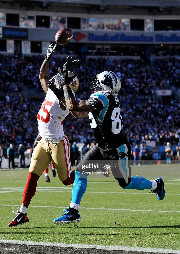 Steve Smith #89 of the Carolina Panthers catches a touchdown against <a gi-track='captionPersonalityLinkClicked' href=/galleries/search?phrase=Tarell+Brown&family=editorial&specificpeople=2105844 ng-click='$event.stopPropagation()'>Tarell Brown</a> #25 of the San Francisco 49ers in the second quarter during the NFC Divisional Playoff Game at Bank of America Stadium on January 12, 2014 in Charlotte, North Carolina.