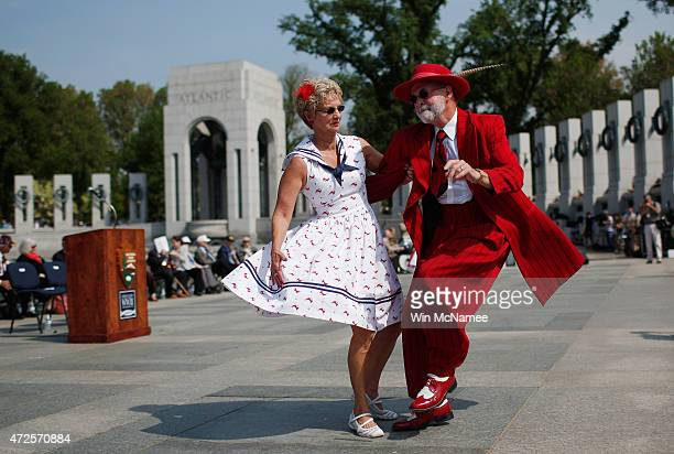 Steve Springer and Pam Springer dance the jitterbug at the National World War II Memorial during 70th Anniversary VE commemorations May 8 2015 in...