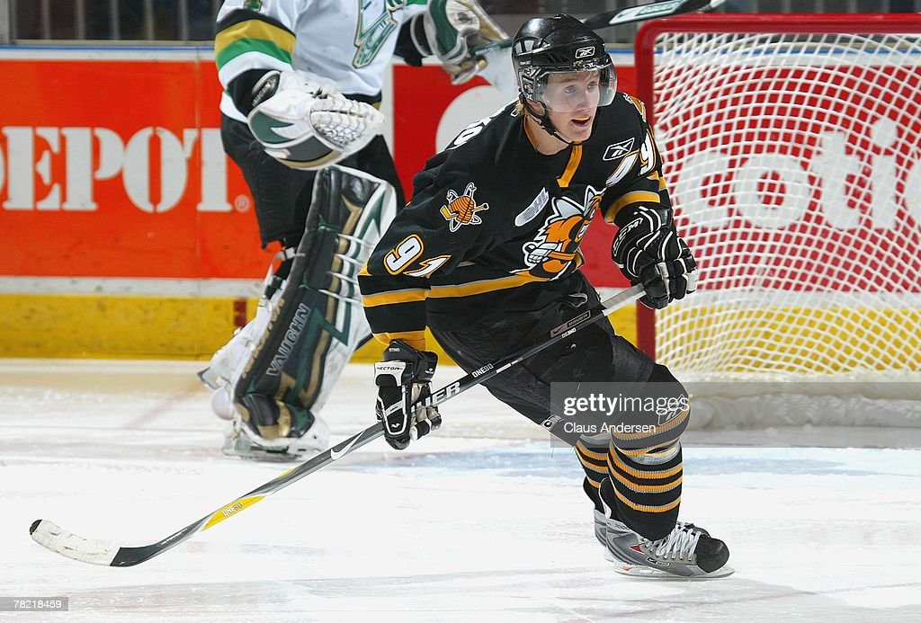 Steve Stamkos of the Sarnia Sting skates in a game against the London Knights on November 30 2007 at the John Labatt Centre in London Ontario The...