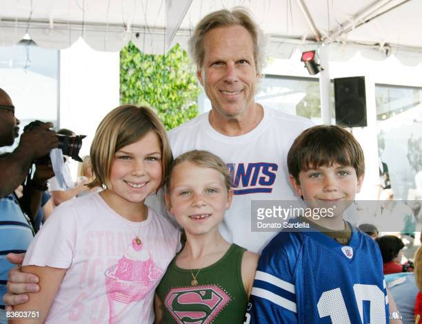 Steve Tisch and kids ttend the Cindy Carwford Rende Berger host the John Varvatos 6th Annual Stuart House Benefit presented by Converse March 9 2008...