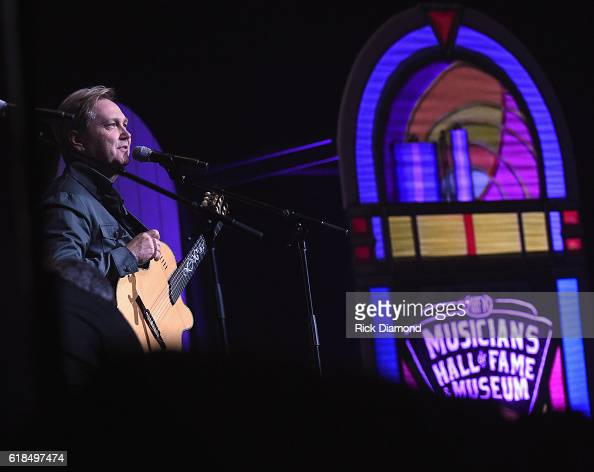 Steve Wariner performs during the Musicians Hall Of Fame 2016 Induction Ceremony Show at Nashville Municipal Auditorium on October 26 2016 in...