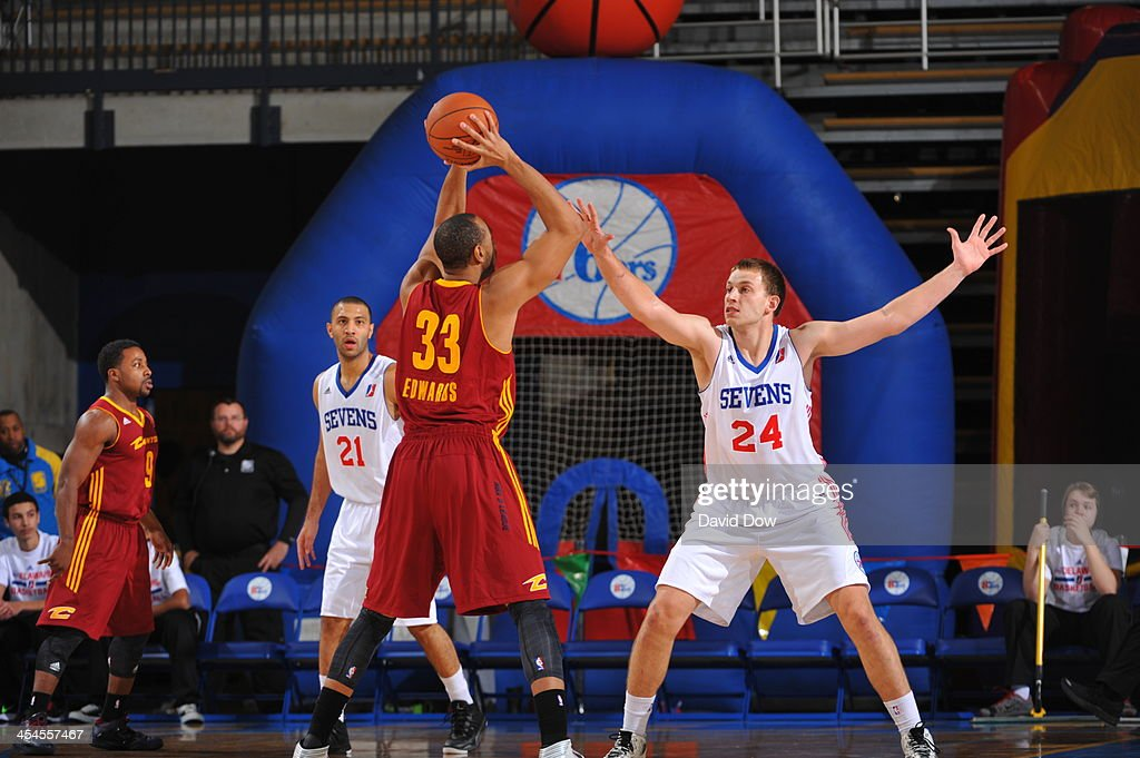 Steve Weingarten of the Delaware 87ers defends against the Canton Charge during the NBA DLeague game on December 8 2013 at the Frank Acierno Arena in...