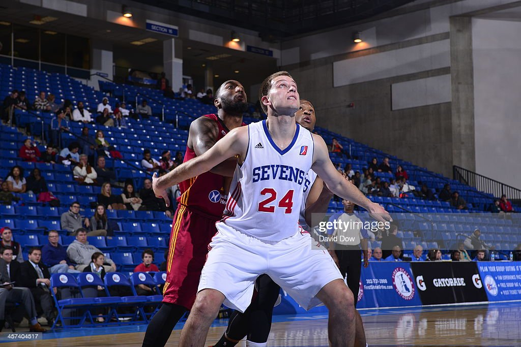 Steve Weingarten of the Delaware 87ers fights for position against the Fort Wayne Mad Ants dribbles the ball against # of the Delaware 87ers during...