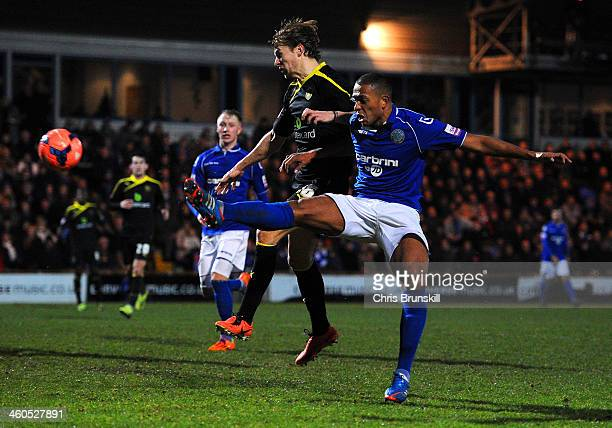Steve Williams of Macclesfield Town scores their first goal during the Budweiser FA Cup Third Round match between Macclesfield Town and Sheffield...