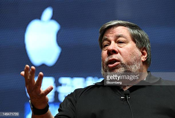 Steve Wozniak cofounder of Apple Inc speaks at Hanyang University in Seoul South Korea on Thursday May 31 2012 Wozniak is chief scientist at Fusionio...