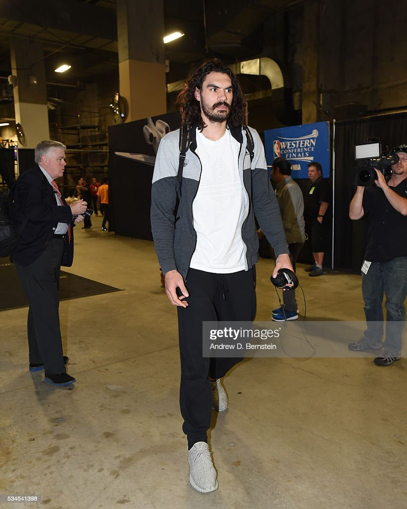 <a gi-track='captionPersonalityLinkClicked' href=/galleries/search?phrase=Steven+Adams+-+Basketball+Player&family=editorial&specificpeople=10585110 ng-click='$event.stopPropagation()'>Steven Adams</a> #12 of the Oklahoma City Thunder arrives before Game Five of the Western Conference Finals against the Golden State Warriors during the 2016 NBA Playoffs on May 26, 2016 at ORACLE Arena in Oakland, California.