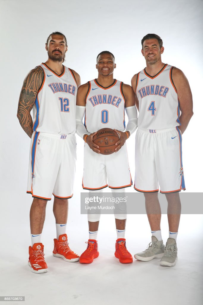 ¿Cuánto mide Russell Westbrook? - Estatura real: 1,91 - Real height Steven-adams-russell-westbrook-and-nick-collison-of-the-oklahoma-city-picture-id855703670