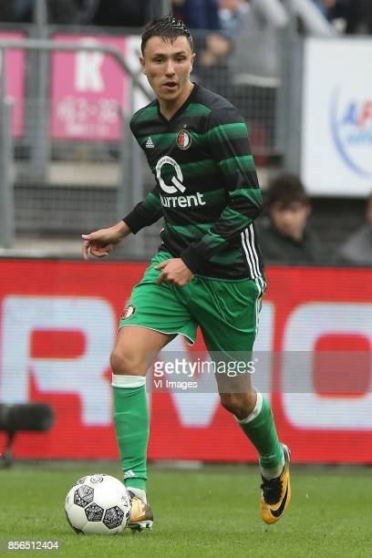 Steven Berghuis of Feyenoord during the Dutch Eredivisie match between AZ Alkmaar and Feyenoord Rotterdam at AFAS stadium on October 01 2017 in...