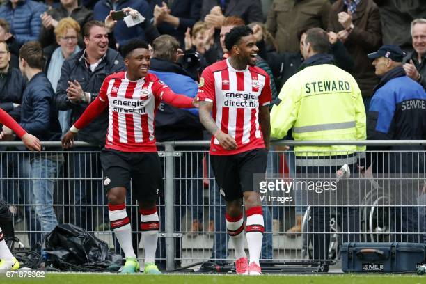 Steven Bergwijn of PSV Jurgen Locadia of PSVduring the Dutch Eredivisie match between PSV Eindhoven and Ajax Amsterdam at the Phillips stadium on...