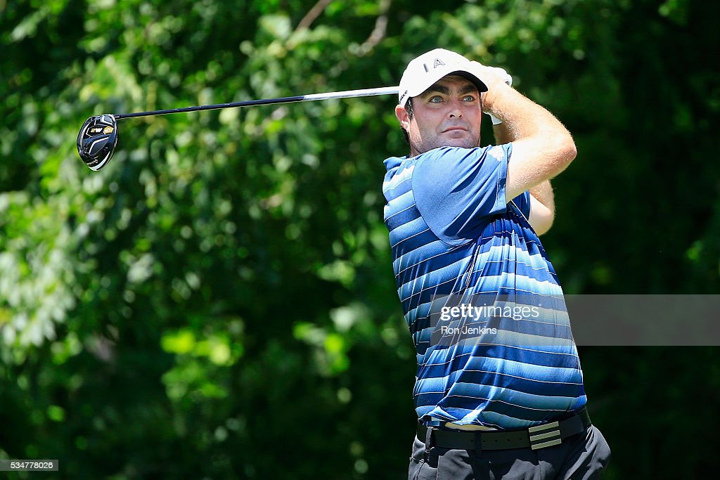 Steven Bowditch of Australia plays his shot from the sixth tee during the Second Round of the DEAN & DELUCA Invitational at Colonial Country Club on May 27, 2016 in Fort Worth, Texas.